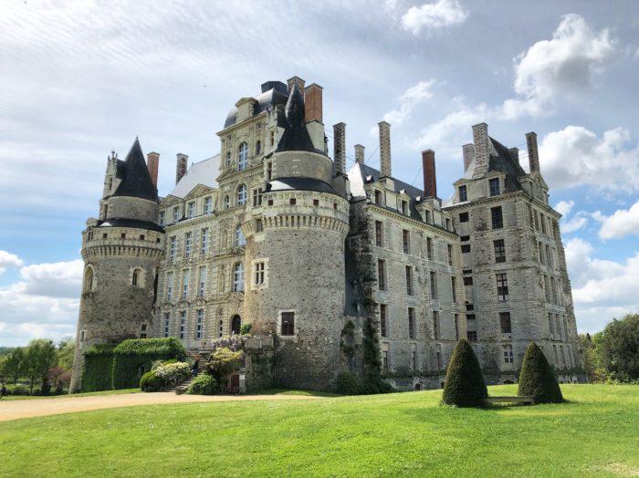 chateau de brissac loire a velo