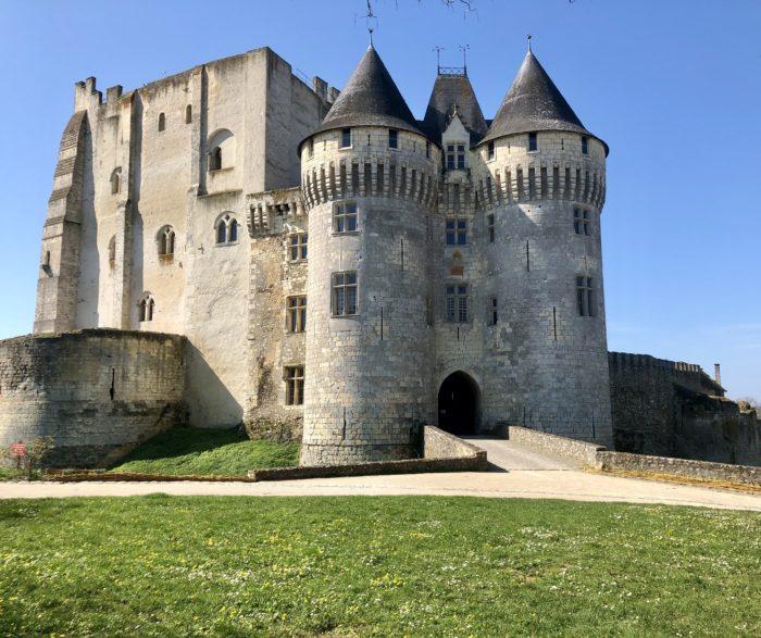 chateau nogent le rotrou veloscenie comtes du perche