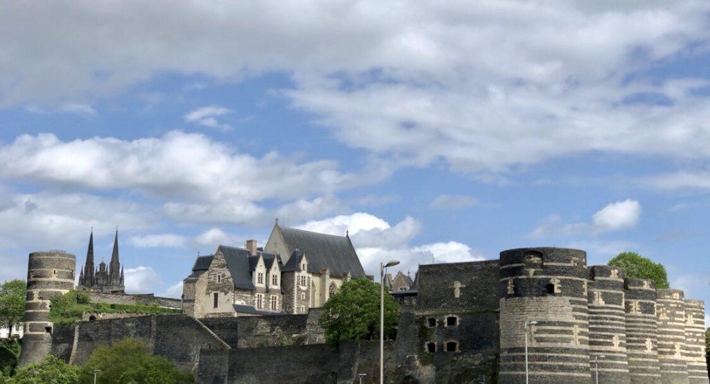chateau et cathédrale d'angers