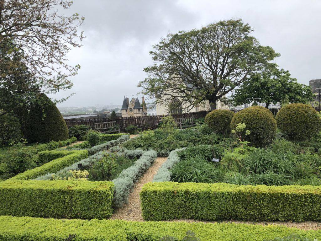 jardin chateau d'angers
