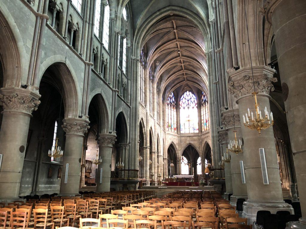 cathédrale de moulins sur allier