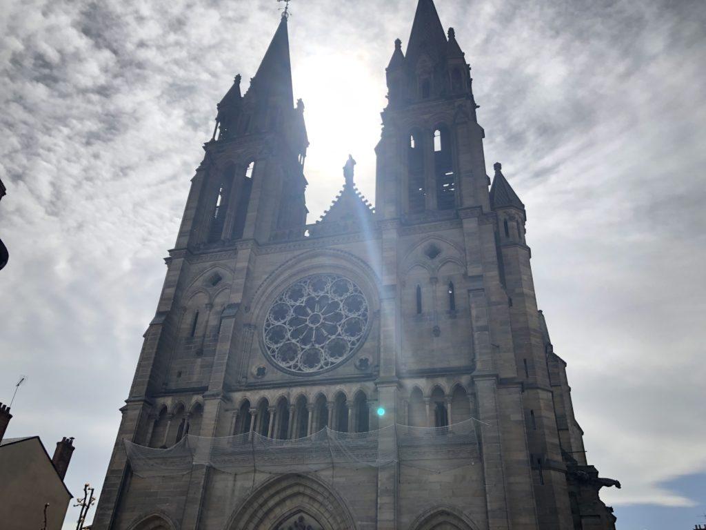 église sacré coeur moulins sur allier
