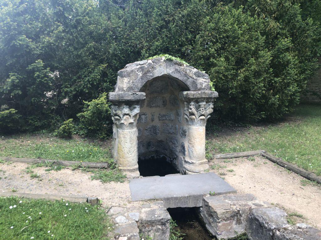fontaine saint julien brioude