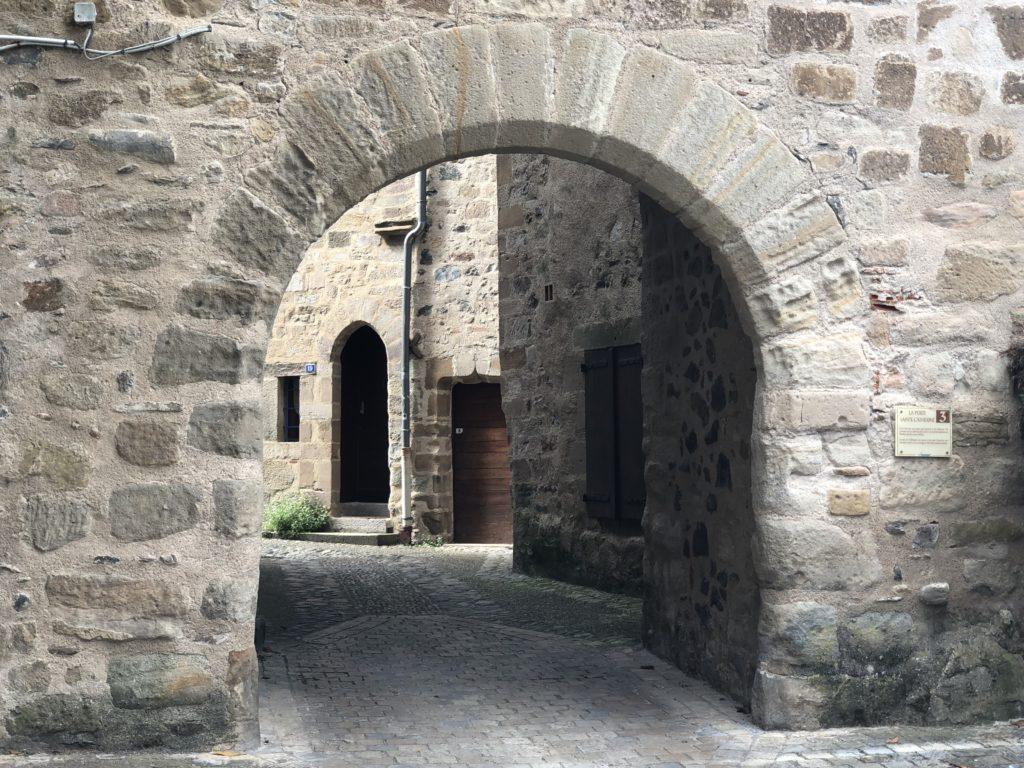 fortifications beaulieu sur dordogne