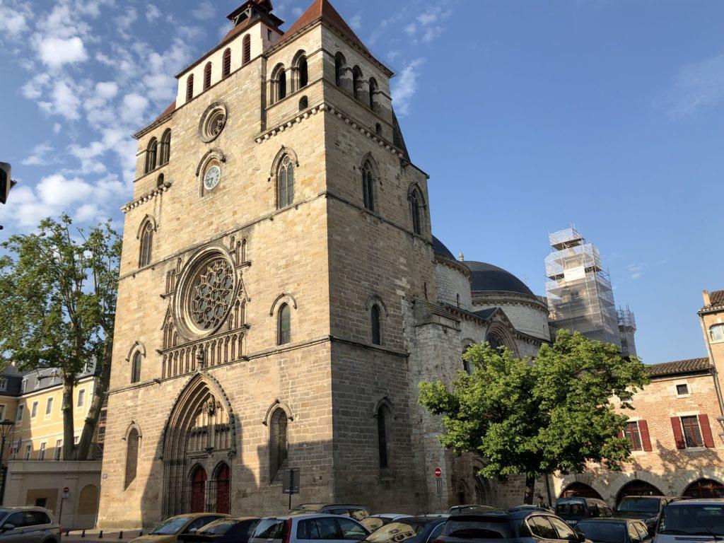 église saint pierre gourdon