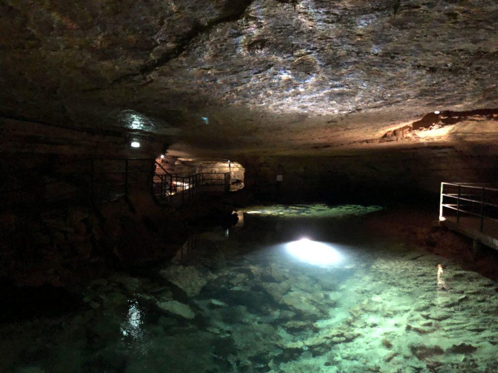 grotte de la bèze