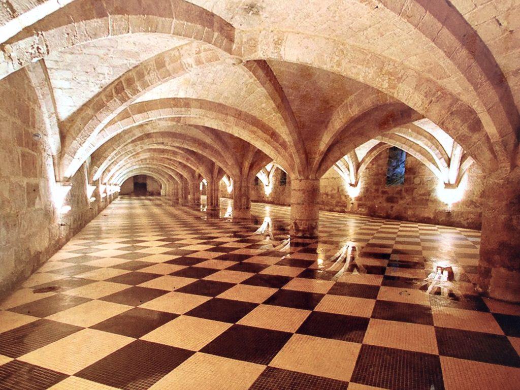 refectoire abbaye moncel