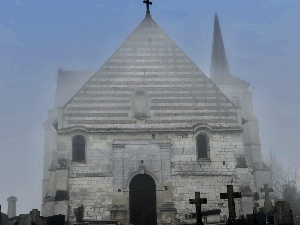 eglise de therdonne brouillard