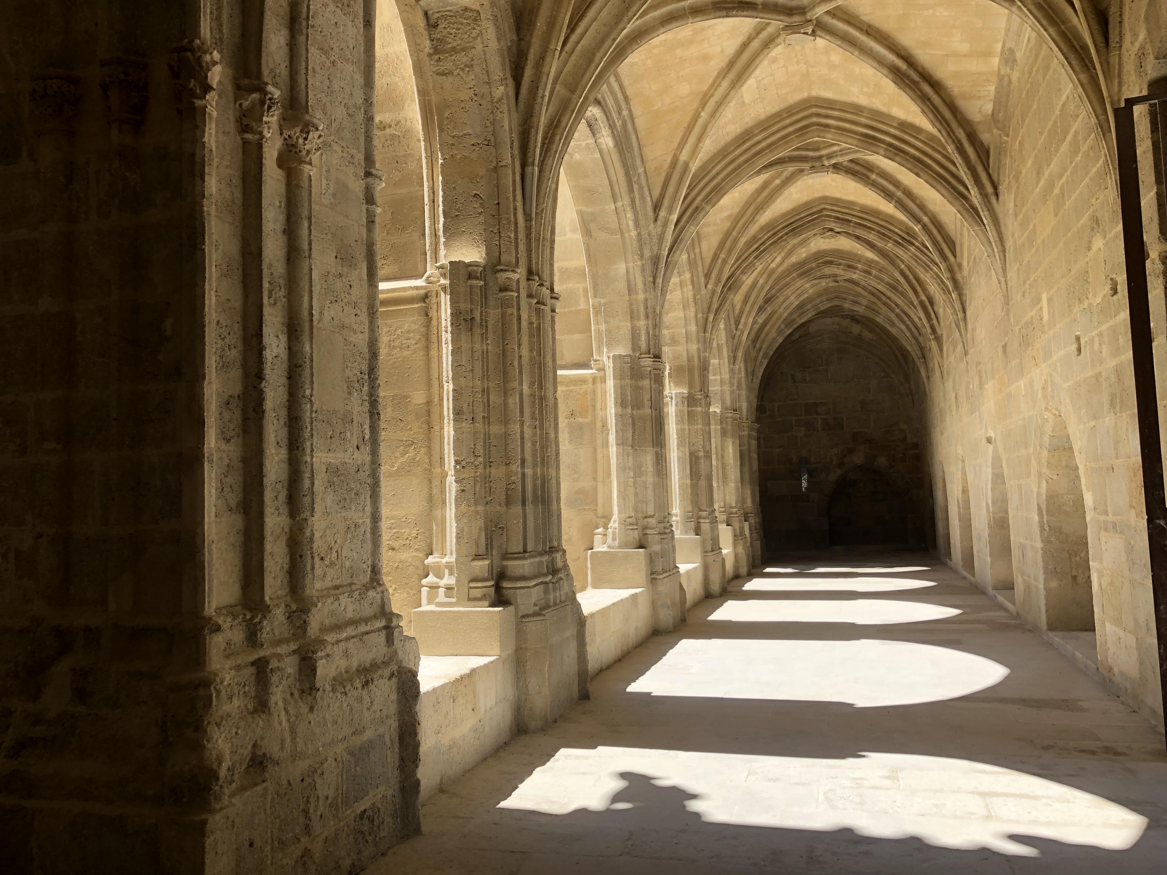 cloitre cathédrale narbonne